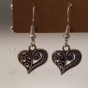Kelly's Custom Boutique Jewelry - NWOT Decorative Heart Earrings